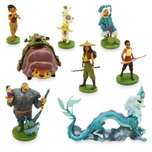 deluxe figurine set