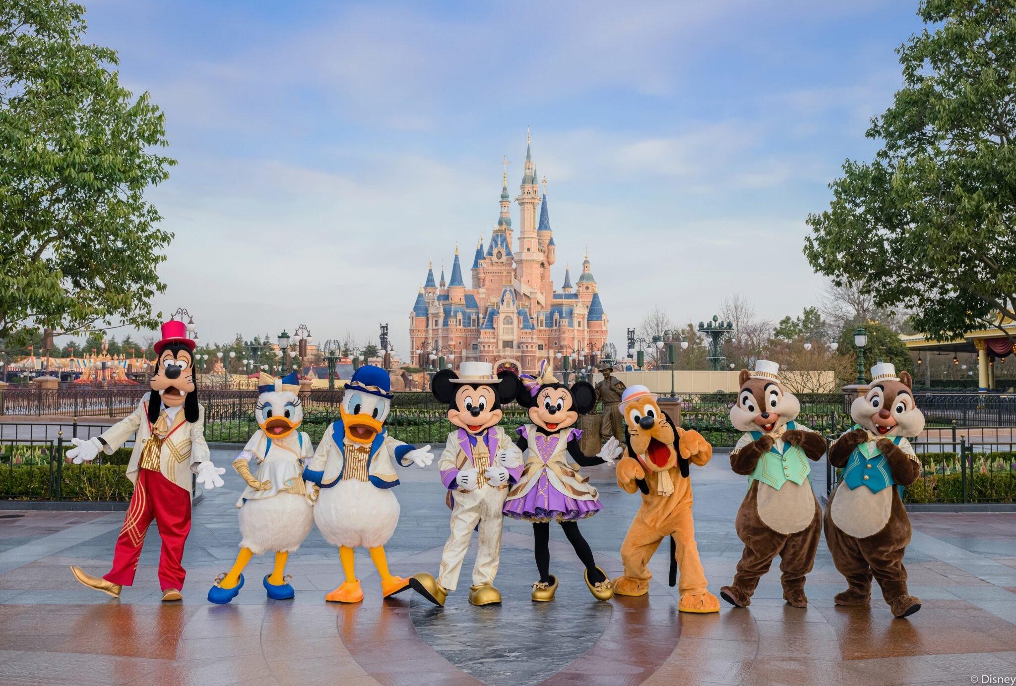 Shanghai Disney Resort 5th Birthday character costumes