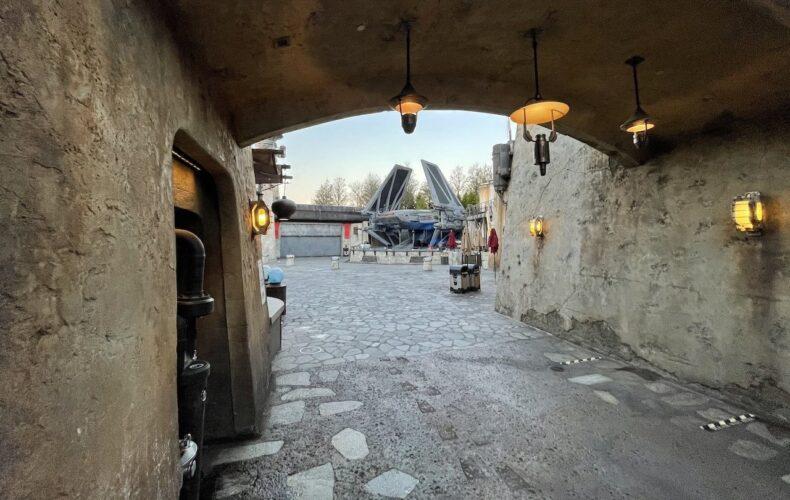 An empty Star Wars: Galaxy's Edge at Disney's Hollywood Studios