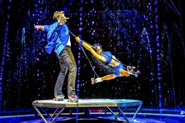 Busch Gardens Cirque Electric show