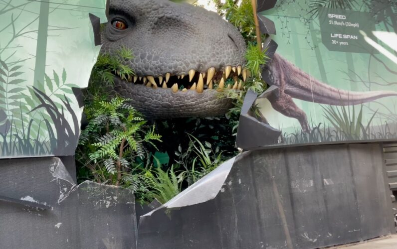 Jurassic World The Ride Returns With New Scenes Dinosaurs