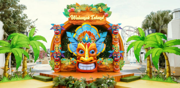 Universal Studios Singapore Tropical Thrills Aloha Talk with King Kahula