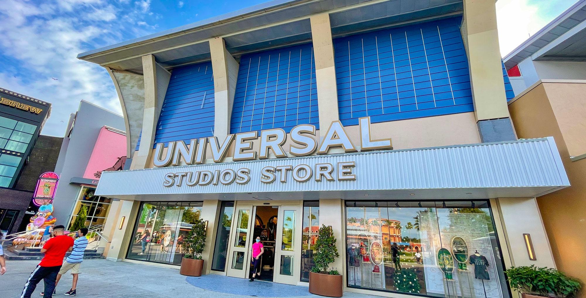 Universal Studios Store opens.