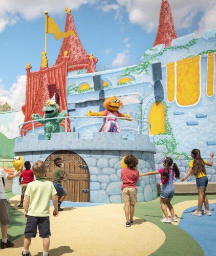 Busch Gardens Williamsburg Sesame Street Kids' Weekends - Furry Friends Dance Party