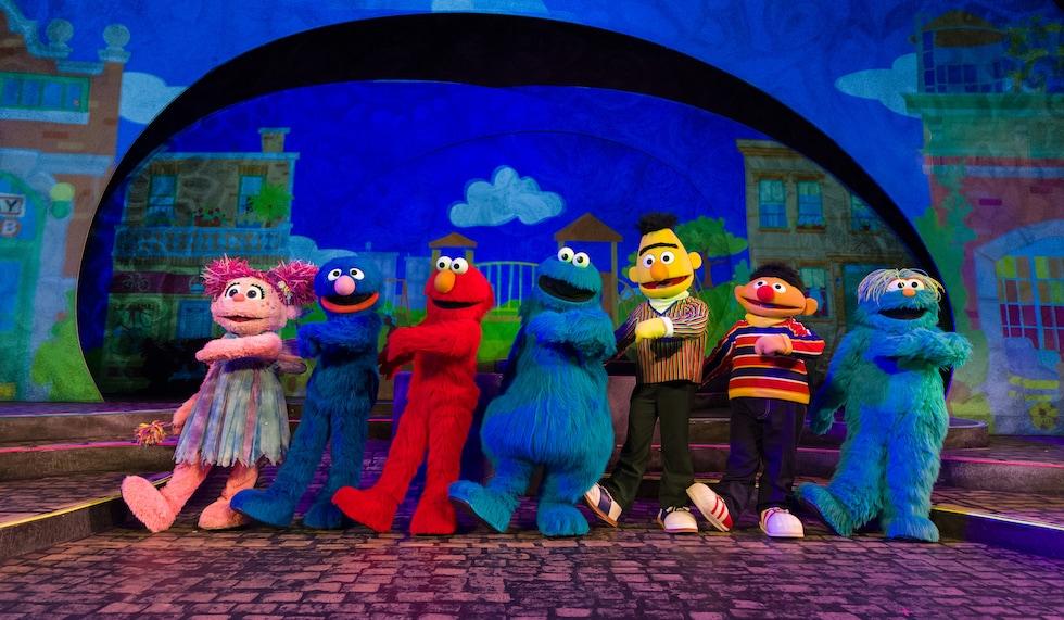 Busch Gardens Williamsburg Sesame Street Kids' Weekends - Let's Play Together