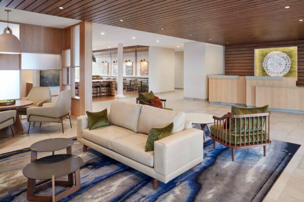 Fairfield Inn & Suites at Flamingo Crossings Town Center lobby