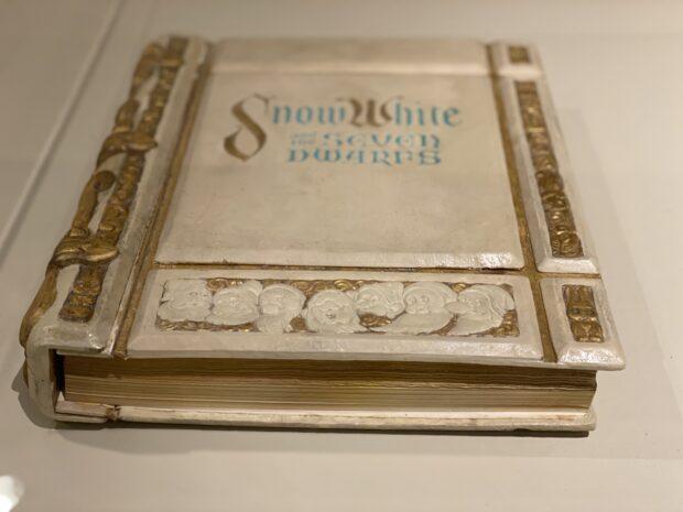 Walt Disney Archives - Snow White book