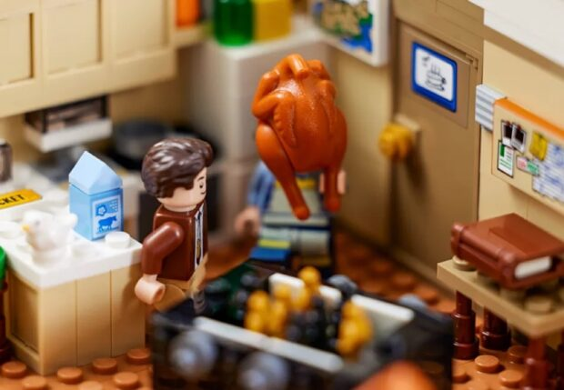 Lego Friends Apartments Set - The One With All The Thanksgivings