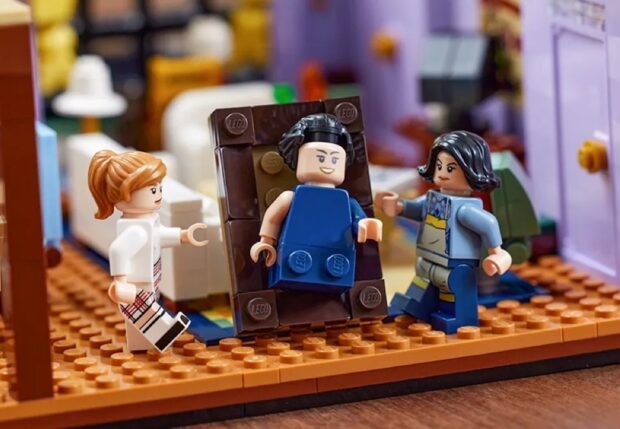 Lego Friends Apartments Set - The One With Ross's Grant