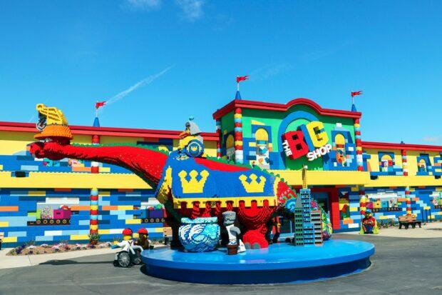 Legoland New York Resort - Big Shop