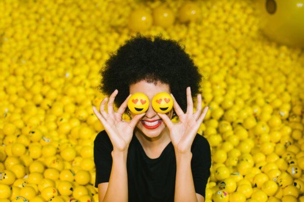 Museum of Selfies - Emoji Pit