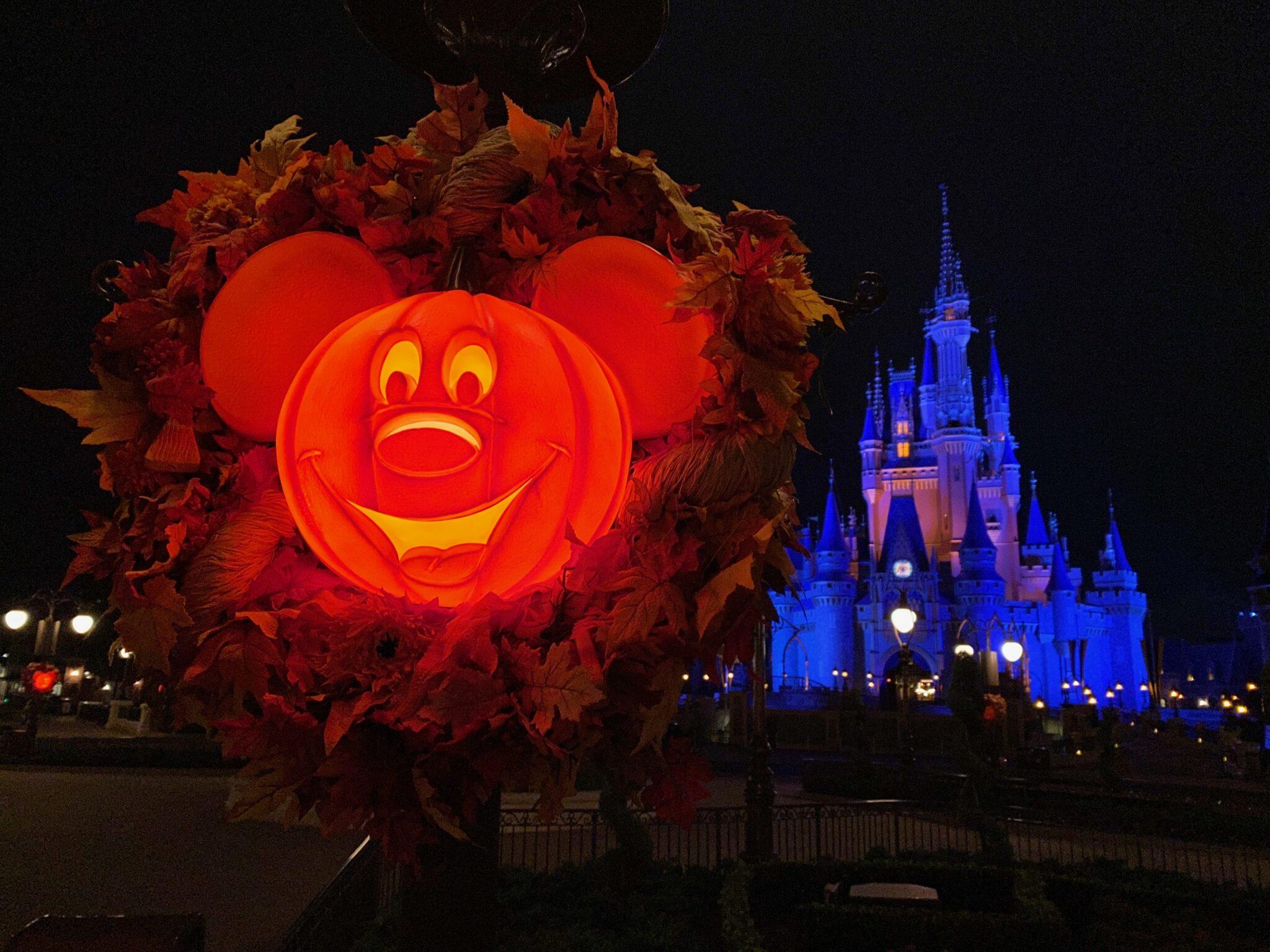 Mickey pumpkin wreath Magic Kingdom