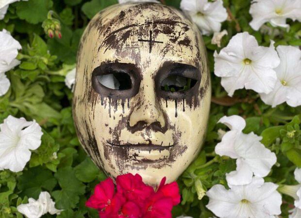 Italy pavilion The Purge mask