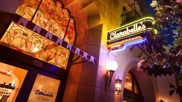 Disneyland Dining - Clarabelle's Ice Cream