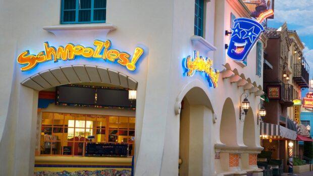 Disneyland Dining - Schmoozies