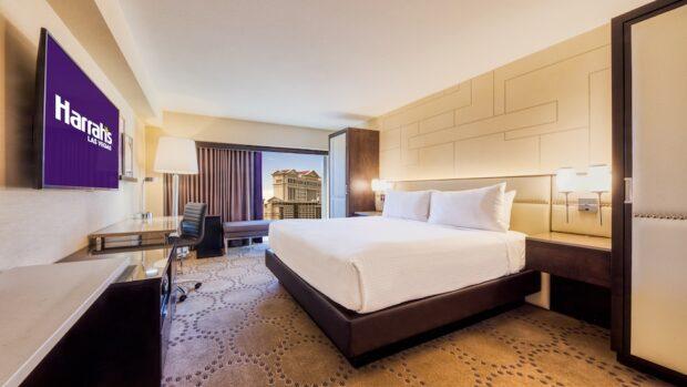 Harrah's Las Vegas renovated Guest Room