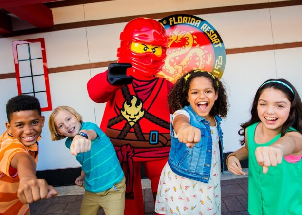 Lego Ninjago Days School of Spinjitzu
