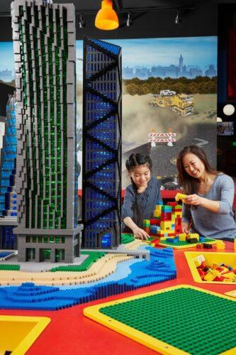 Legoland Discovery Center Bay Area - Earthquake Tables
