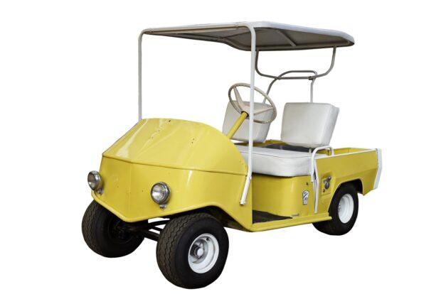 Prop Store Auction - Brad Pitt golf cart