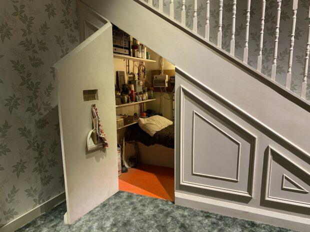 Warner Bros. Studio Tour - Harry Potter Cupboard Under the Stairs