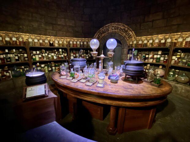 Warner Bros. Studio Tour - Potions