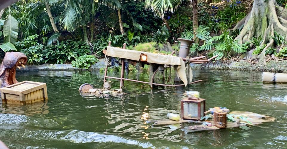 Jungle Cruise sunken boat