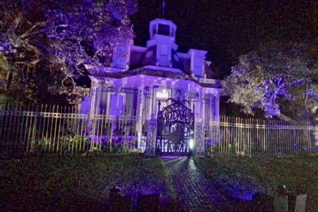 freeform's halloween road - Addams Family Mansion