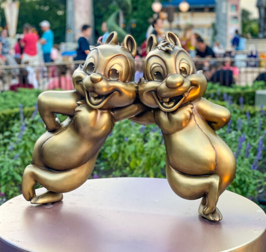 Chip and Dale golden statue