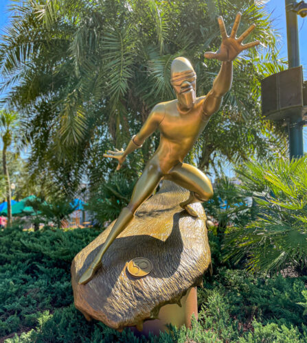 Frozone fab 50 golden statue