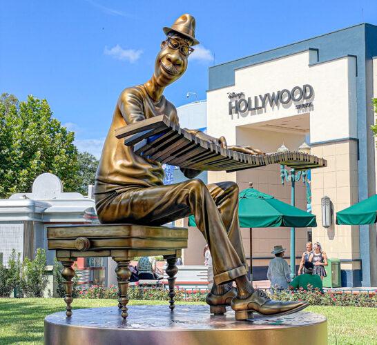 Joe Gardner fab 50 golden statue