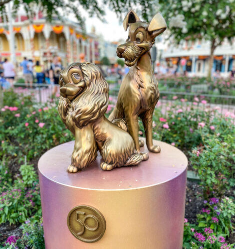 Lady and the Tramp fab 50 golden statue