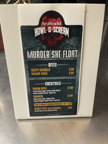 murder she float