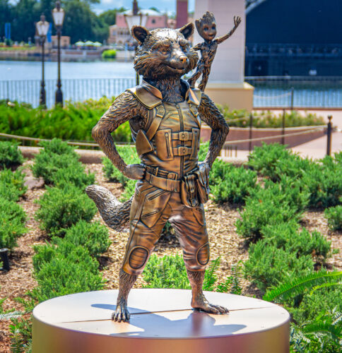 Rocket and Groot Disney fab 50 golden statues