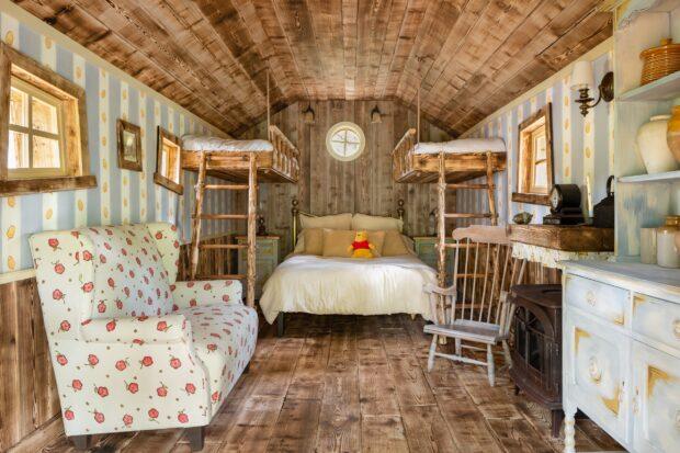 Winnie the Pooh House bedroom