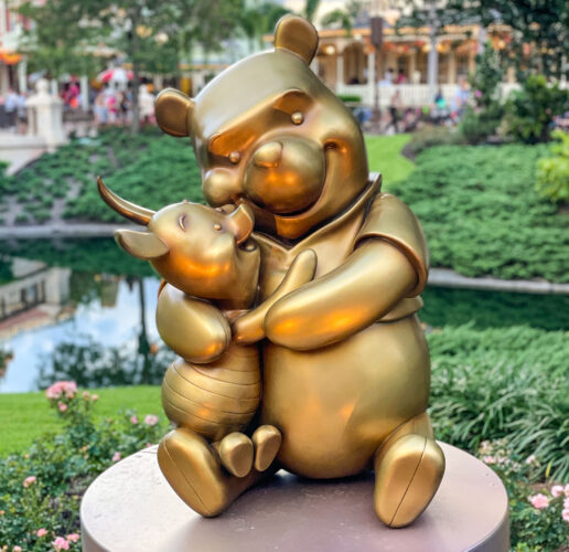 Winnie the Pooh and Piglet golden statue