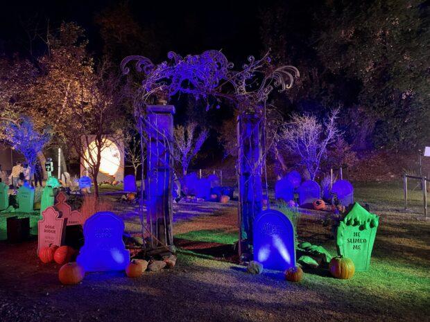 Freeform's Halloween Road - Hocus Pocus Cemetary