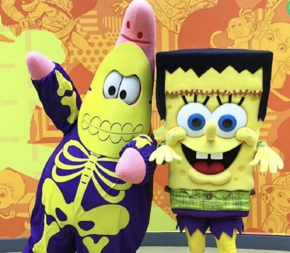 SpongeBob SquarePants and Patrick at Nickelodeon Boo-niverse